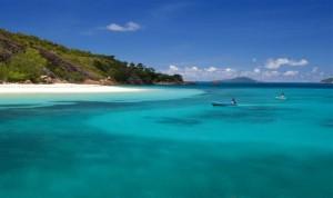 В честь Facebook предложено назвать остров