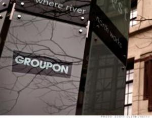 Выручка Groupon уменьшилась в два раза